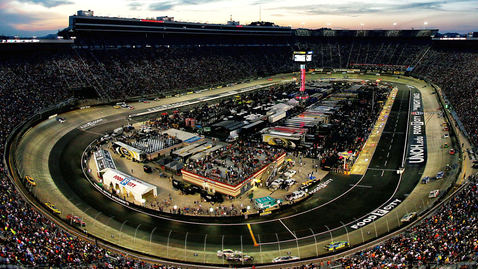 Events farmer bob 39 s campground for Camping bristol motor speedway